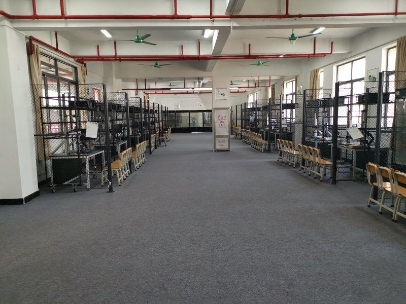 蓝海视觉机器人学习型工厂